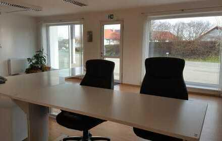 Büro direkt an der B299 mit sehr guter Werbefläche