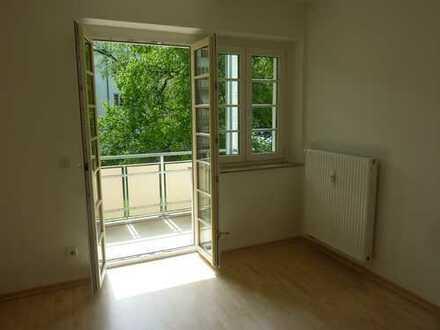 ...und sogar mit Balkon! - Süße 2-Raum in schöner Lage