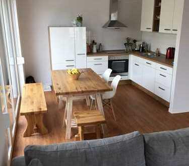 Im Herzen von Ehrenfeld - Hochwertige 2-Zimmer-Wohnung mit Balkon und EBK