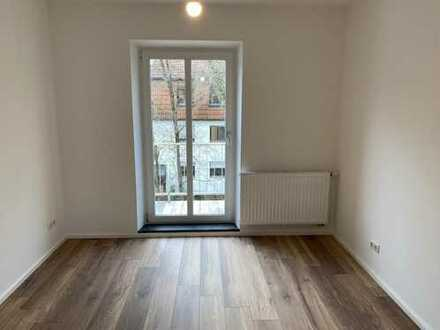Neu renovierte Wohnung mit Balkon am Hanreibach, Innenstadt