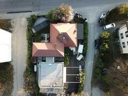 1.100 €, 45 m², 2 Zimmer, Crossfit Box im Anbau
