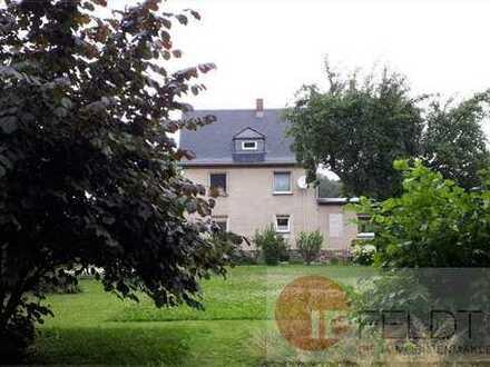 Zweifamilienhaus in grüner Stadtrandlage von Chemnitz