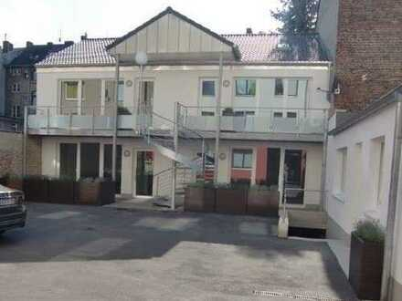 Moderne Neubauwohnung mit Terrasse/Zentrum/geschützte Innenhoflage/barrierefrei/Stellplatz