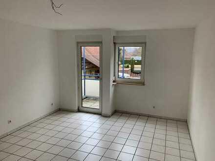 Gemütliche 1-Zimmer-Wohnung mit Balkon und Einbauküche in Esslingen am Neckar