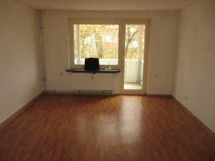 Große 3-Zimmer-Erdgeschosswohnung zu vermieten