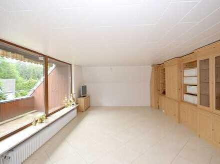 Für 2 Personen: Geräumige Dachgeschoss-Wohnung im Zweifamilienhaus am Rande der Fischbeker Heide!