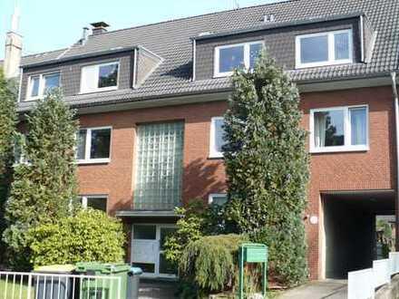 Dellbrück, modern, hell und großzügige 3-Zi-Wohnung mit Blick ins Grüne