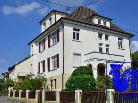 Charmantes, großzügiges Ein- bis Zweifamilienhaus in sehr guter, stadtnaher Wohnlage von Pfullingen