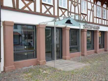 Vielseitig nutzbare Büro/Praxisfläche in zentraler Lage von Rosenfeld!