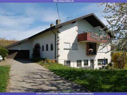 Freist. 1-3 Familienwohnhaus, Doppelgarage, Aussenstellpl. Grundst. 3000 qm