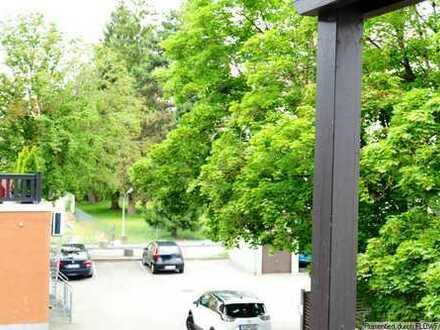 Helle 3-Zimmerwohnung mit Blick ins Grüne im Zentrum Göggingens