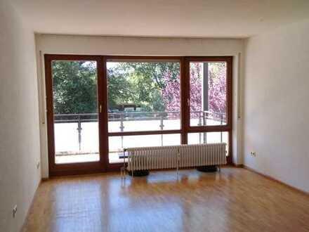 Sonnige, gepflegte 3-Zimmer-Wohnung mit Balkon und EBK in Gundelfingen-Wildtal
