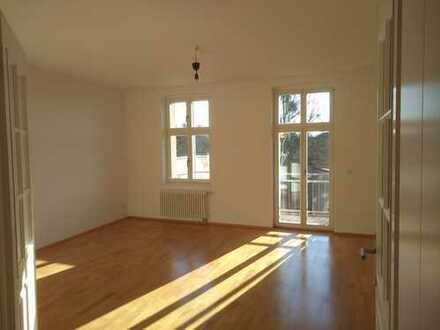 Stilvolle 3-Zimmer-Wohnung mit Balkon in Babelsberg-Nord