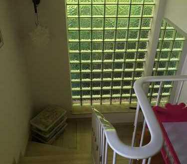 Schönes, geräumiges Haus mit fünf Zimmern in Oldenburg, Bloherfelde