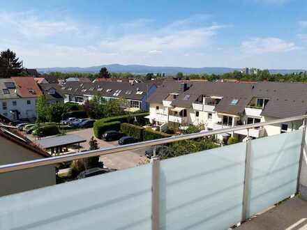 3 Zimmer Maisonettewohnung mit 2 Balkonen und Aussicht über Frankfurt und den Taunus