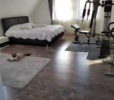 Schöne Helle Maisonette Wohnung Provisionsfrei!!