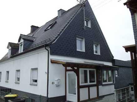 Geräumige Maisonettewohnung mit Einbauküche in Herdorf zu vermieten