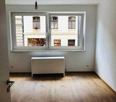 560 €, 35 m², 2 Zimmer
