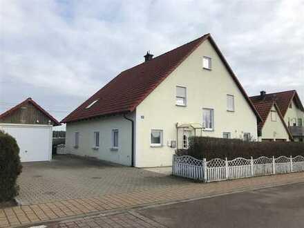 Wunderschön gelegenes Einfamilienhaus mit Einliegerwohnung