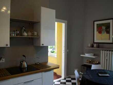 Oase im Dachgeschoss 2 Zimmer mit grossem privaten Badezimmer
