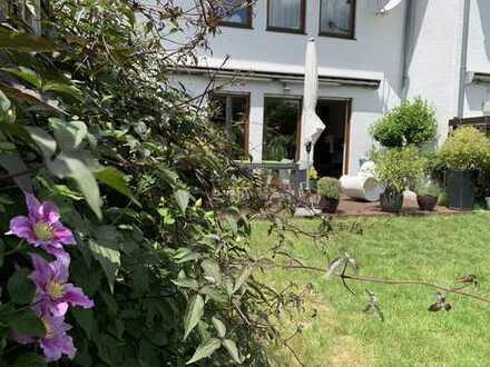 Gepflegtes 5-Zimmer-Einfamilienhaus in Mannheim, Neuhermsheim