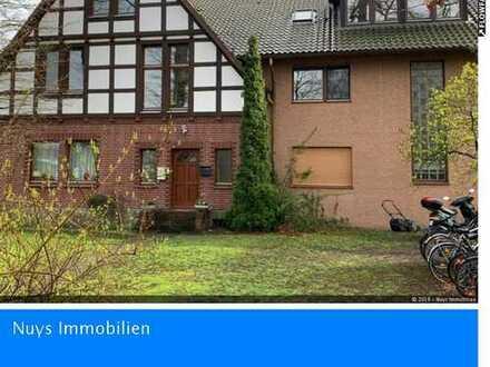 +ACHTUNG KAPITALANLAGE+ 5-Familienhaus mit 8 Garagen in Stemwede-Dielingen