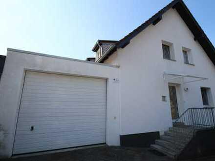 Leichlingen !! 3-Parteien, 2 Garagen, Garten, Ruhiglage, Bestzustand, leer stehend !!!
