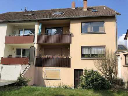 Wohnhaus mit 3 Wohnungen zu verkaufen