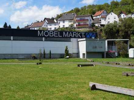 Grundstück mit Möbelhaus und Nebengebäuden (6.000 m²) in 55743 Fischbach zu verkaufen