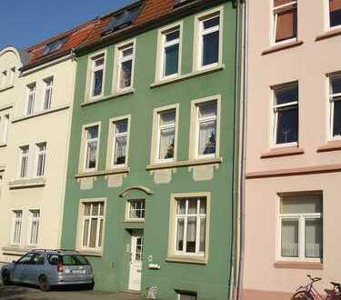 Solide 2-Raum-Wohnung in zentraler Lage