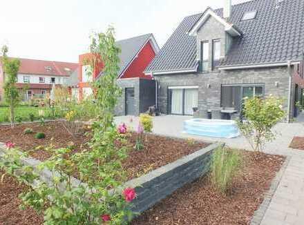 Luxuriöses Einfamilienhaus in neuwertigem Zustand