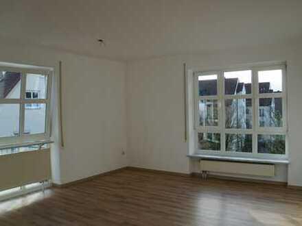 Neuwertige 3-Zimmer-Wohnung mit Balkon in Krumbach