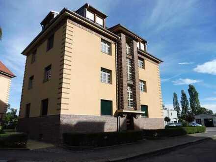 ***Moderne 2-RWG - Tageslichtbad mit Wanne und Balkon- Ruhige Lage - WE 01***