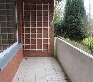 Bezugsfreie 2-Zimmer Wohnung mit Balkon und Einbauküche!