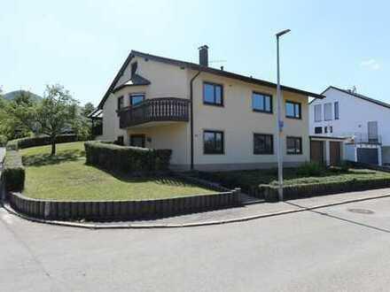 Zweifamilienhaus - Aussichtsreich Wohnen in Bestlage von Gönningen