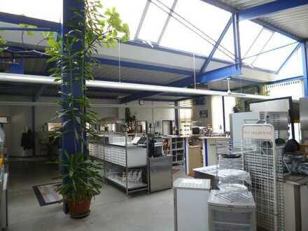 Gewerbewarmhalle mit Produktionsflächen und Büroeinheit zu verkaufen!