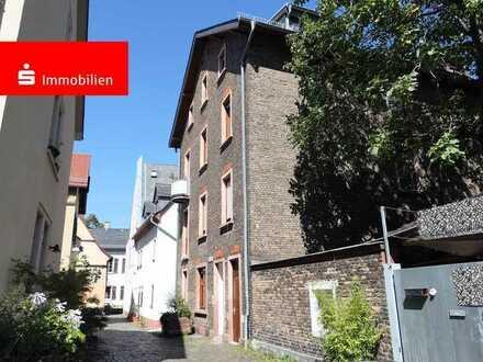 Schicke 3 Zi.-ETW saniertes Kulturdenkmal mit Balkon FFM-Höchst Altstadt