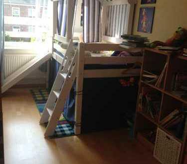 WG Zimmer (16 qm) im Haus mit kleinem Vorgarten zu vermieten