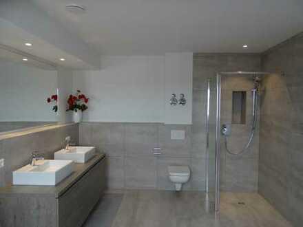 Die erste Adresse! Neubau in Süd- Westlage, KfW 55 Effizienz mit Kühloption