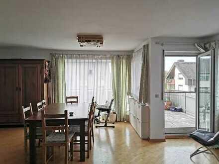 Ansprechende 3-Zimmer-Maisonette-Wohnung mit Balkon und EBK in Karlsruhe