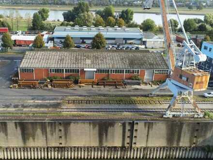 Lagerhalle im Hafen Düsseldorf