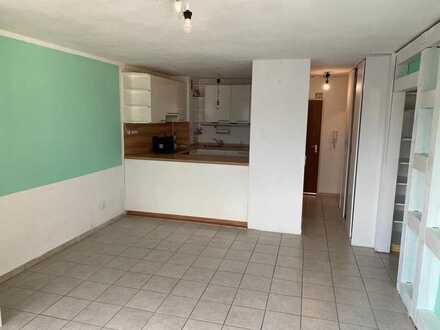 Barrierefreie 2-Zimmer-Wohnung mit Loggia in ruhiger und dennoch zentraler Lage in Tamm