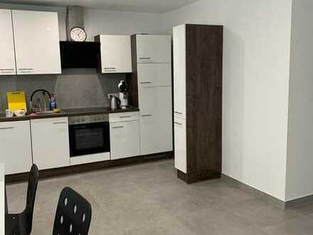 +++Neusanierte, großes Zimmer in Sindelfingen+++