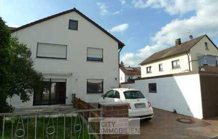 Zweifamilienhaus mit ausgebautem Dachgeschoss in ruhiger Lage von Neunkirchen am Sand