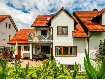 Schöne Doppelhaushälfte mit vielen Extras in Ehingen