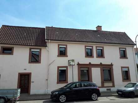 Geräumiges Haus mit fünf Zimmern in Landau in der Pfalz, Godramstein