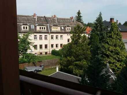 Günstige 5-Zimmer-Wohnung mit Balkon in Crimmitschau