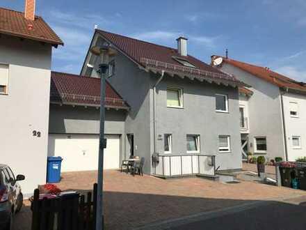 Platz für ALLE !!! Schönes Einfamilienhaus mit ELW in ruhiger Lage in Hagsfeld-Süd