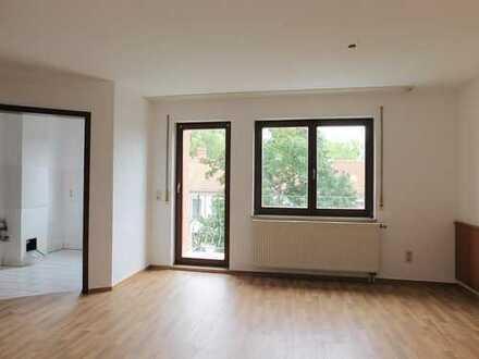 Tolle Studenten-Wohnung mit Balkon auf dem Kaßberg