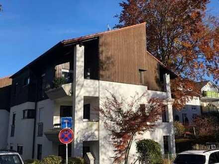 ruhig und zentral gelegene 4-Zimmer-Wohnung in Grünwald mit zwei Balkonen